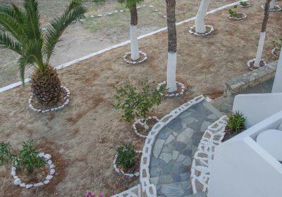 rooms-photo-gallery-ios-golden-sun-rooms-accommodation-garden